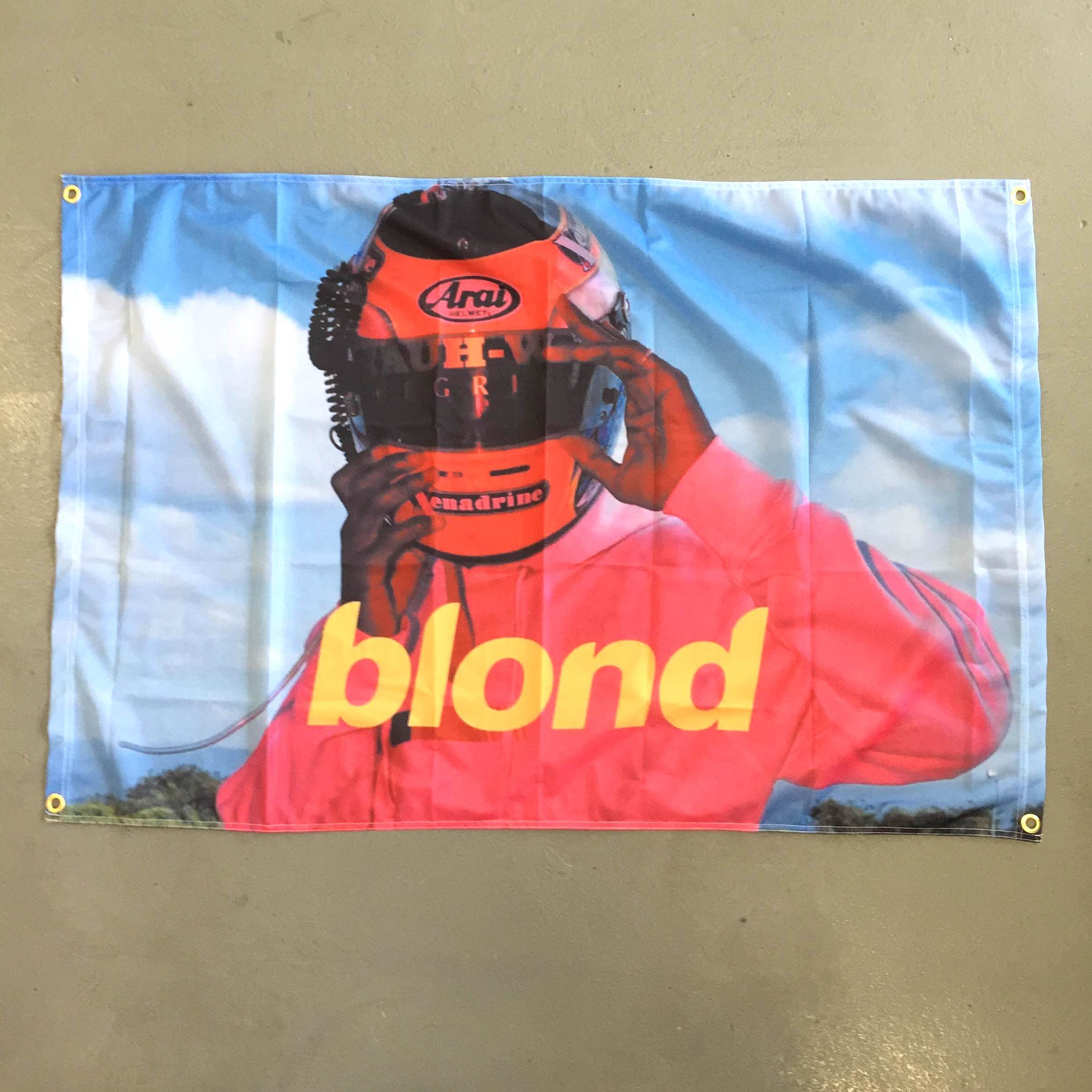 BLOND WALL HANGING 1200 X 800MM